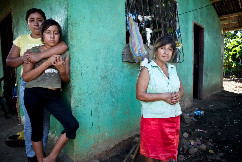 Marta Isabel Arrobo, 49, recalls the numerous health problems she and her family have encountered living in close proximity to several pits of the Sur-Oeste Station. Photo credit: Amazon Watch