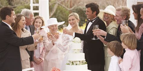 Gatsby Style U.S. Weddings Show Confidence To Spend