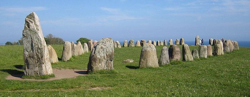 File:Ales stenar bred.jpg