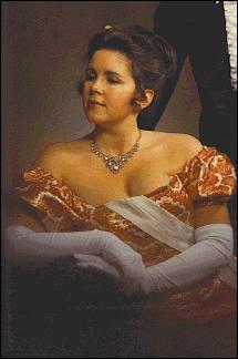 Mia Marlowe