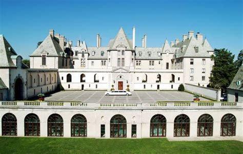 Wedding venue for Kevin Jonas  Oheka Castle in Long Island