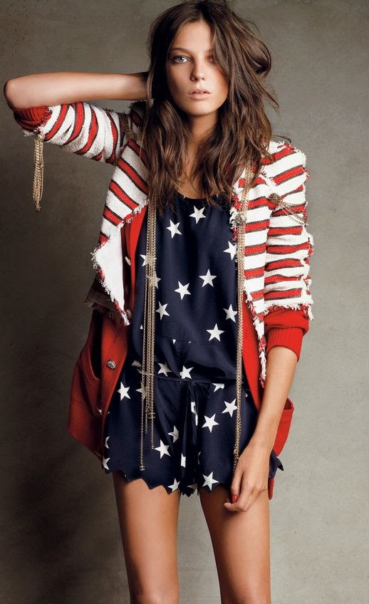 LE FASHION BLOG 4TH  FOURTH OF JULY STYLE DARIA WERBOWY STARS STRIPES CHANEL RED WHITE STRIPE BLAZER NATICAL JACKET GOLD FRINGE DETAIL NAVY BLUE STAR PRINT DRESS JUMPSUIT BELTED CHOCOLATE BROWN BRUNETTE BEACHY WAVES VOGUE photo LEFASHIONBLOG4THFOURTHOFJULYDARIAWERBOWYSTARSSTRIPES.jpg
