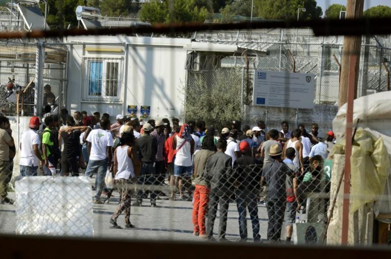 «Βράζει» η Λέσβος! Διαμαρτυρίες κατοίκων και μεταναστών αύριο! | Newsit.gr