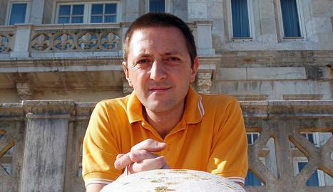 El escritor Ignacio Martinez de Pisón, en una imagen de 2005.