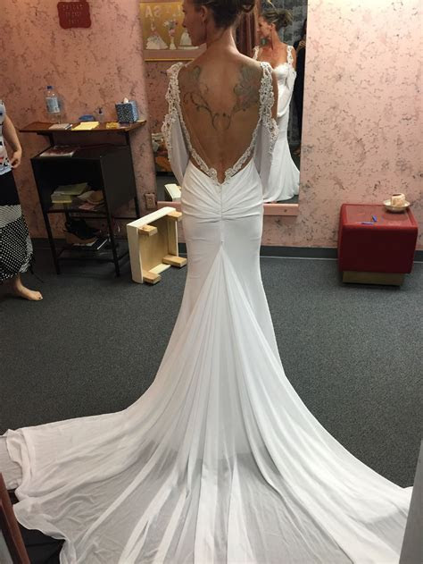 Julie Vino Nicole Wedding Dress   Earnestine Wedding