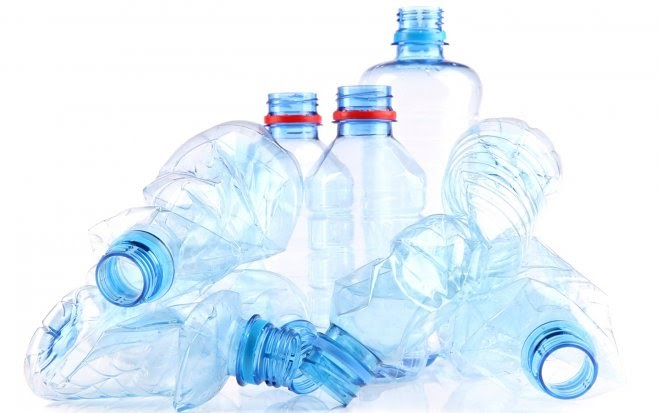 Шотландские бактерии превратят пластиковые бутылки в ценный ванилин