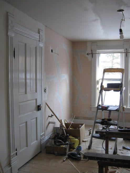 East Wall Upstairs Bath Mar 09