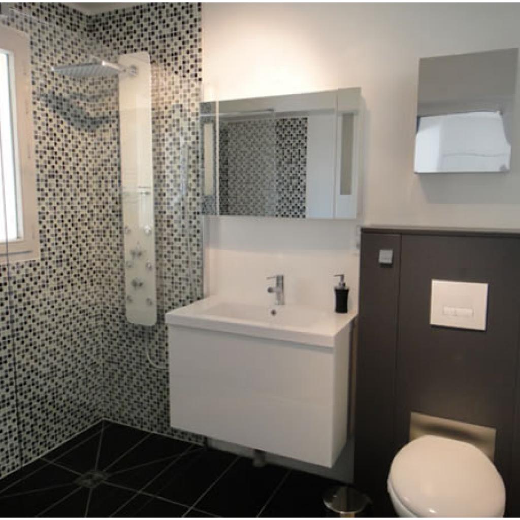 Model Bathroom Minimalis  10 best kamar mandi minimalis