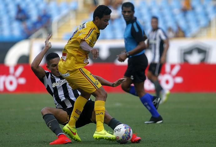 Rodrigo Lindoso Botafogo x Madureira (Foto: Vitor Silva / SSPress)