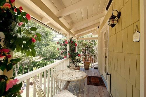 Debra Campbell Design traditional porch
