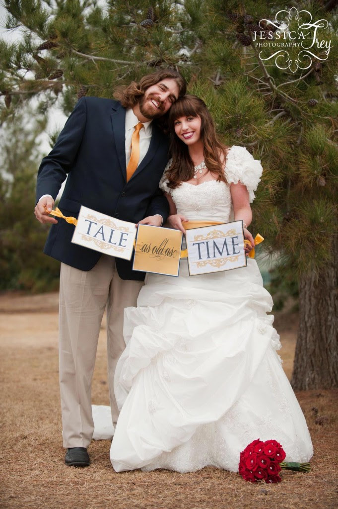to capture the modern day Fairy Tale ideas for navy and yellow weddings