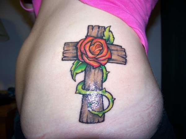 Sexy Cross And Rose Tattoo Ideas For Girls Tattoomagz