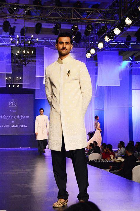 10 Latest 2016 Wedding Designer Wear for Indian Grooms