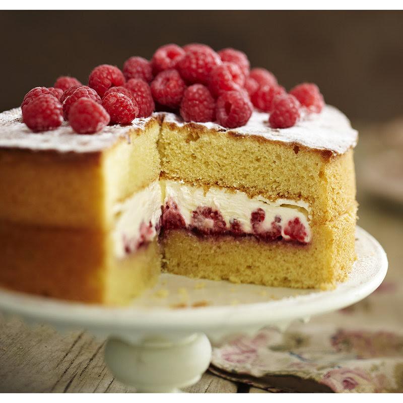 Best-ever Sponge Cake | Recipes | Lakeland