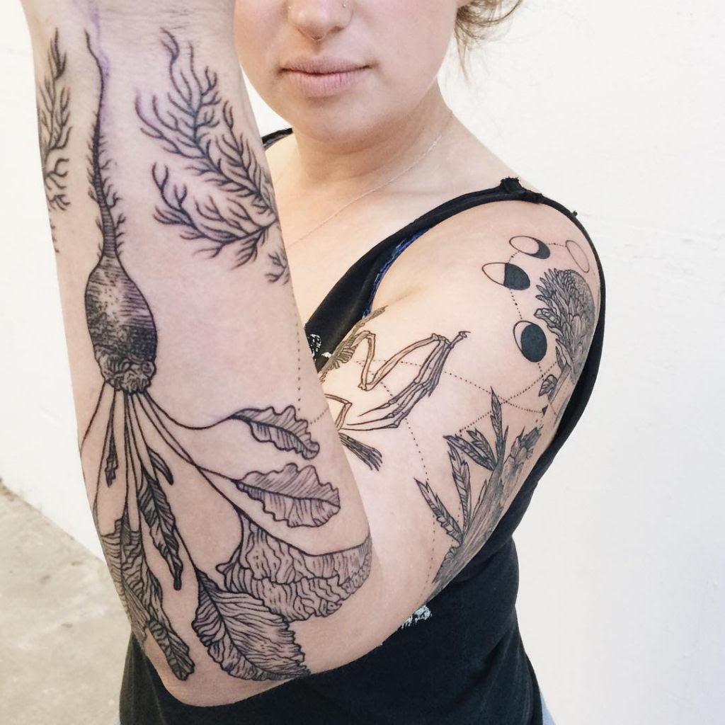 Tatuagens inspiradas na natureza combinam gravuras de estilo vintage de fauna e flora 14