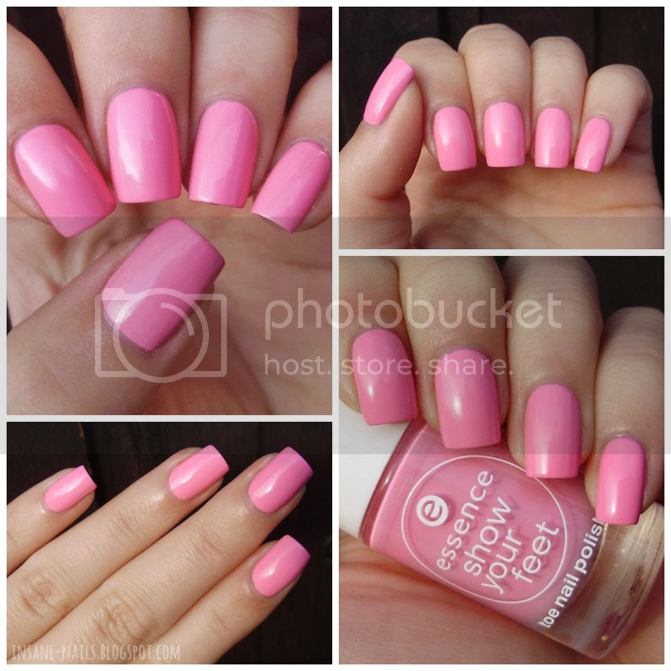 photo essence-cotton-candy-swatch_zpsaab6e92b.jpg