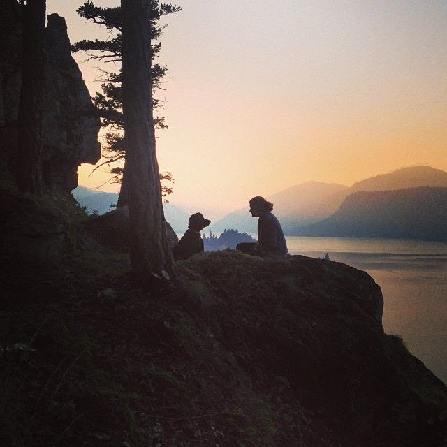 travelstache: My favorite picture and moment from our weekend trip to Hood River Ore. Life is great. Go explore! #poler #polerstuff #campvibes