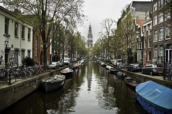 Amsterdam  april 09 kanalpic