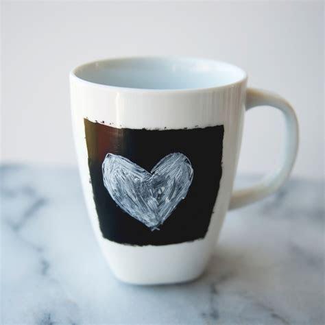 Chalkboard Coffee Mugs   Martha Stewart Weddings