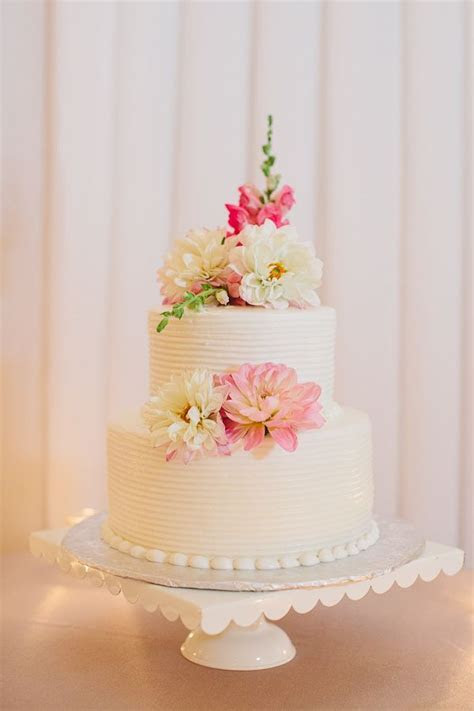 Two Tier Round Wedding Cake With Flowers   Wedding, Cake
