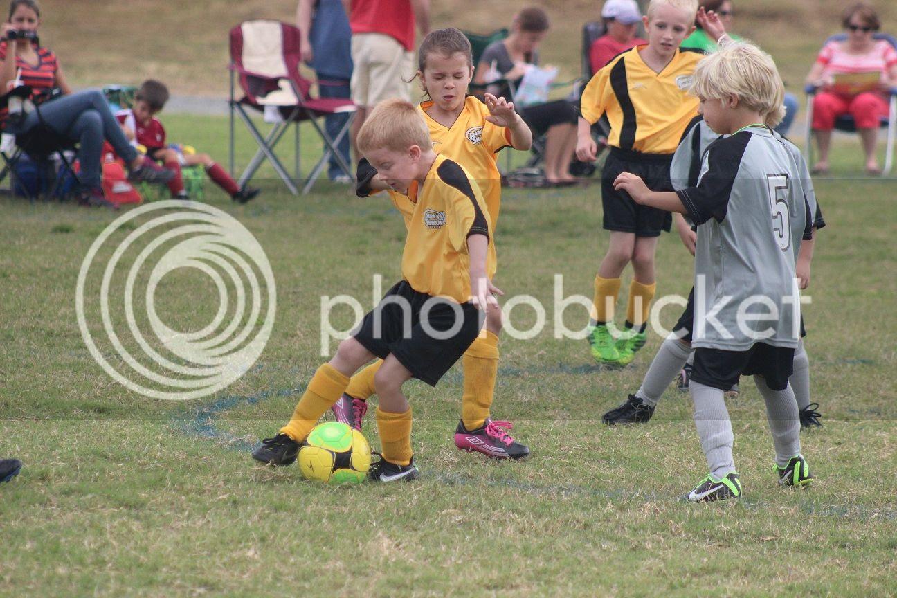 photo soccer17_zpsfe99775d.jpg