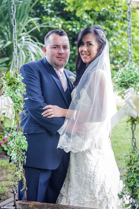Caerphilly woman loses TWELVE STONE to re marry after