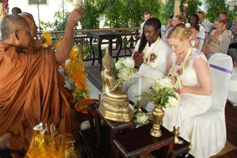 Buddhist Beach Wedding on Koh Samui tropical island at