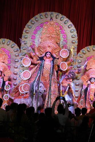 Mobile Camera Phone Wale Ma Ka Tujhe Salaam.. Karta Hai Accha Kam by firoze shakir photographerno1