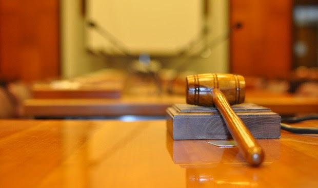 Να μην υποβάλλουν πόθεν έσχες προσωρινά ζητούν οι δικαστές