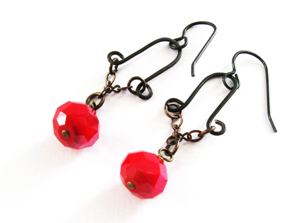 Dangle Earrings, Red, Czech Glass Rondelles, Black Steel Wire, Vintaj Chain, Vintaj Earwires - LindAnnaJewelry