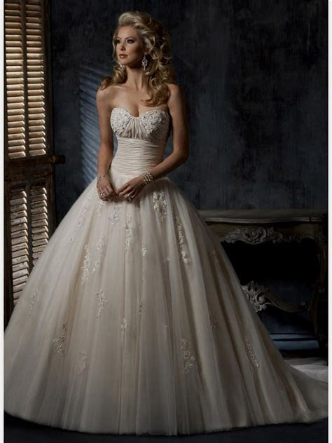wedding dress vintage ball gown Naf Dresses