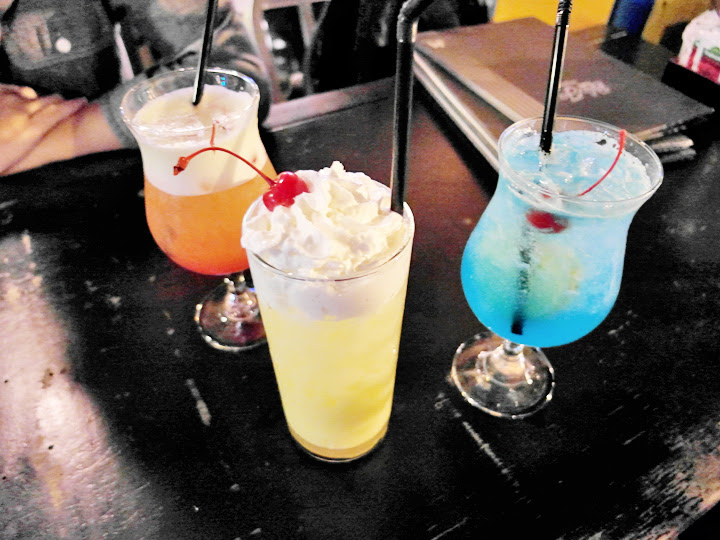 drinks haji lane
