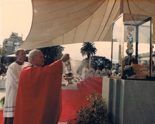 papa-juan-pablo-II-virgen de los 33