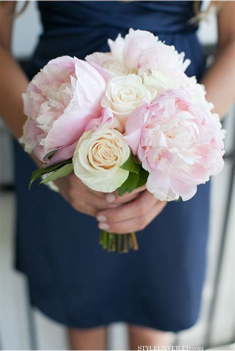 How Much Wedding Flowers Really Cost ? 12 Ways to Save Big