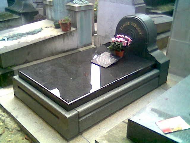 File:Debussy's grave.jpg
