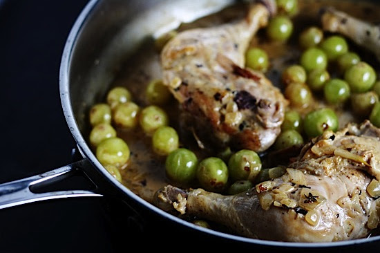 Healthy Delicious Chicken with Grapes
