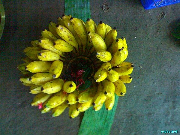 A bunch of banana totalling 52 in number