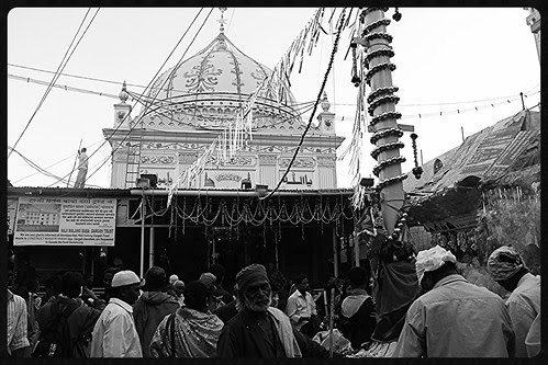 Haji Malang Holy Shrine ... 2013 by firoze shakir photographerno1