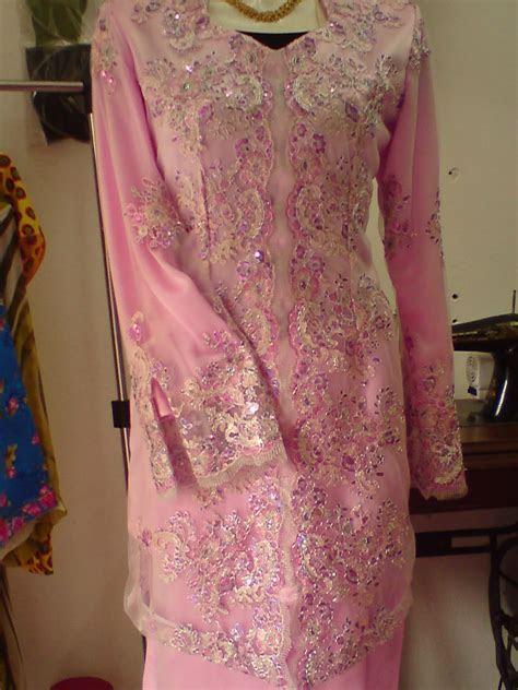 madam azra fesyen baju pertunangan ira