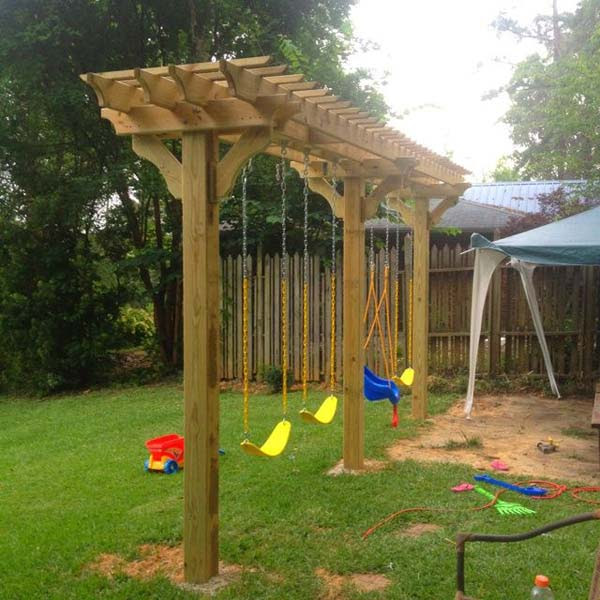 DIY-Backyard-Pergola-WooHome-20