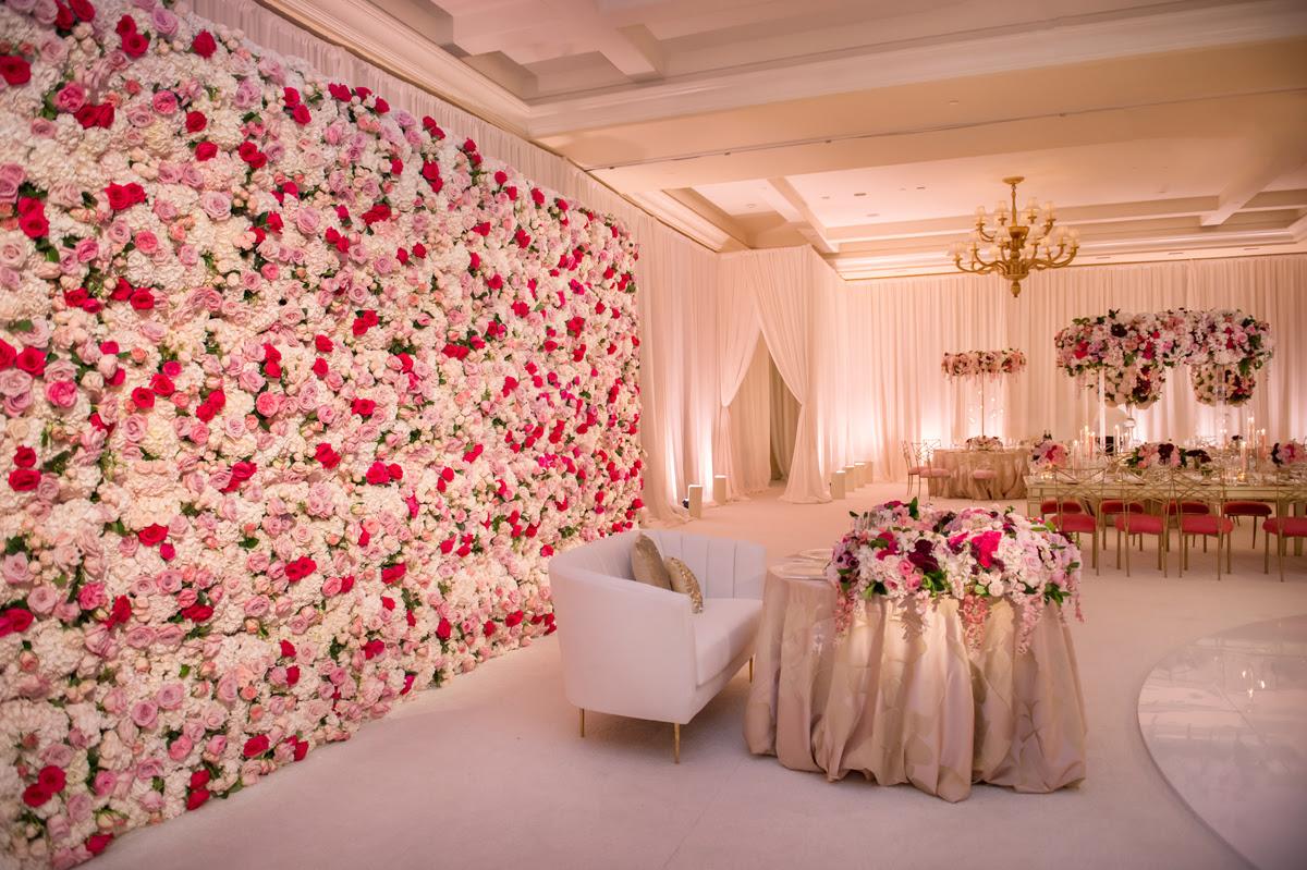 Cheap Garden Supplies: Beautiful Wedding Venue Decorations