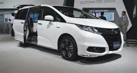 honda odyssey hybrid interior specs review