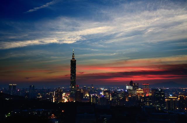 2012.07.10 台北 / 虎山 (PS)