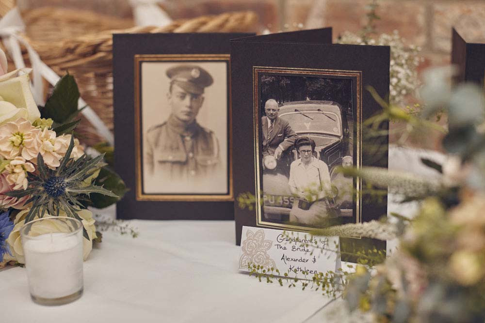 Vintage wedding table decorations - www.helloromance.co.uk