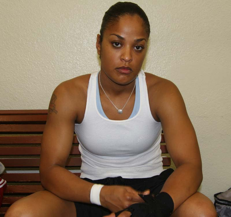 Laila Ali American retired Professional Boxer very hot and sexy stills