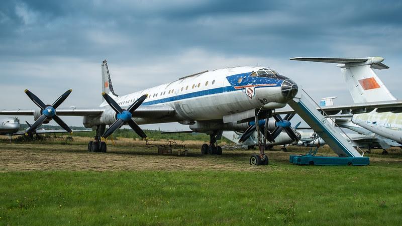Tupolev Tu-114 Rossiya