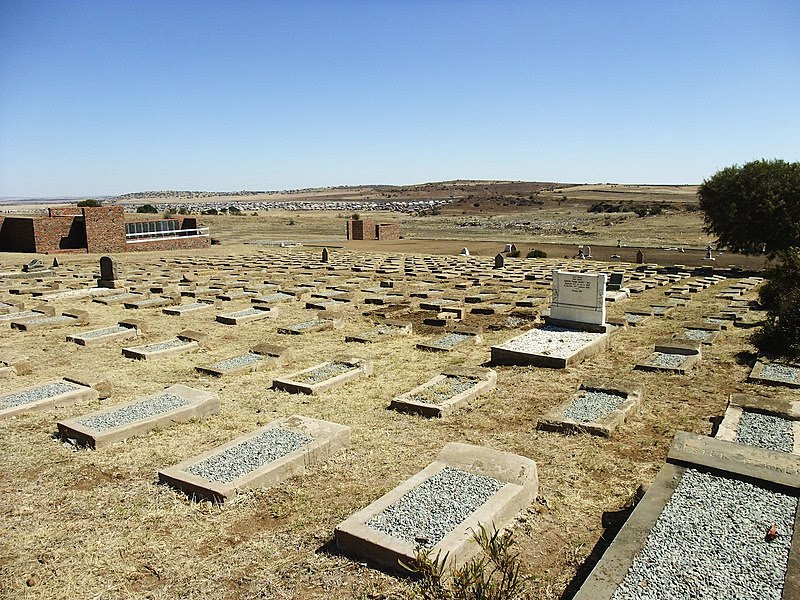 File:British and Concentration Camp Cemetery Winburg-001.jpg