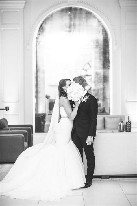 Mark Zunino 32694952   Real Wedding Inspiration   PreOwned