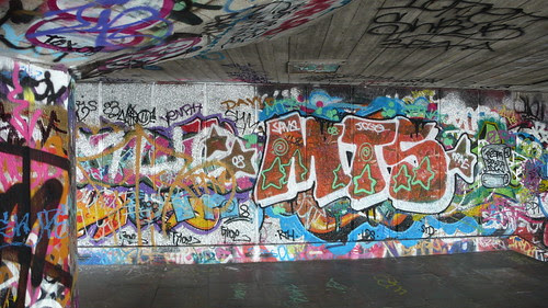 South of the Thames and the Graffitti Grotto 001