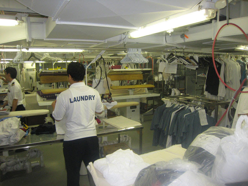 Allure of the seas laundry area (4)